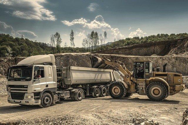 Kamion na nakládce